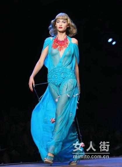 Dior 2011春夏时装秀一览